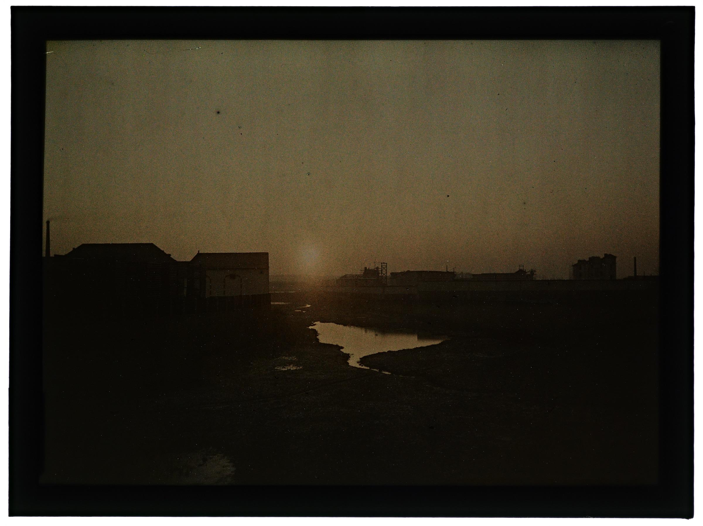 Coucher de soleil sur la rivière