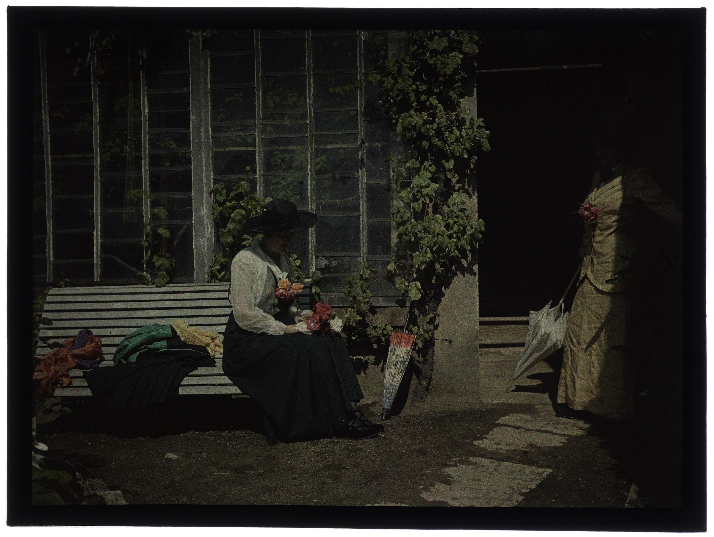 Deux femmes au jardin